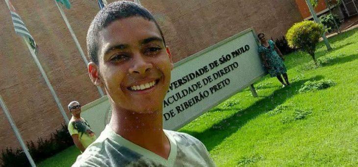 Estudante do Instituto Quilombo Ilha passa no curso de direito da USP
